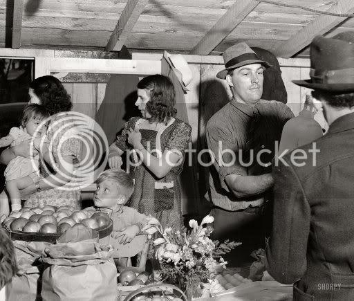 1940; farmer's co-op dubois!