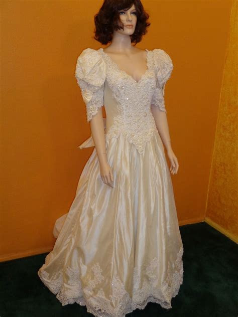 brand  beautiful mori lee white wedding dress size