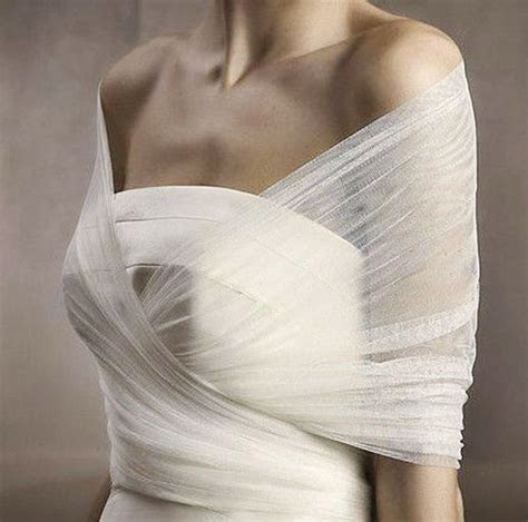 25  best ideas about Wedding dress bolero on Pinterest