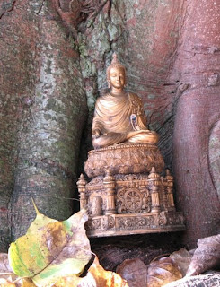 Buddha image at Wat Thepnimit