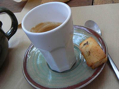 café + mignardises.jpg