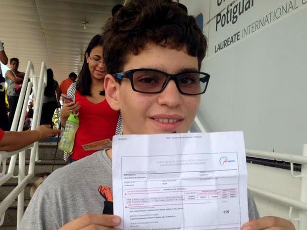 Luiz Neto foi flagrado com carteira no bolso e acabou eliminado do Enem em Natal (Foto: Nathallya Macedo/G1)