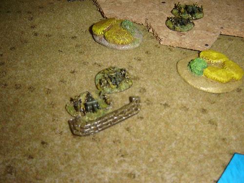 Emplaced Japanese artillery overlook Orange3