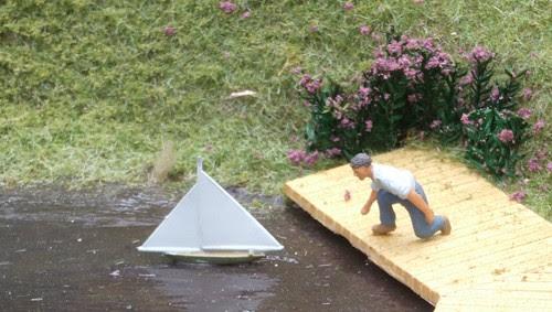 Mini model boater