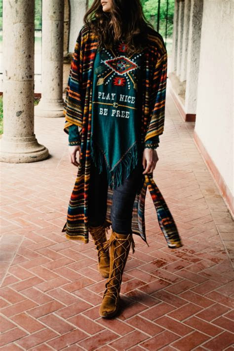 Double D Ranchwear Serape Stripe Kimono from Texas by