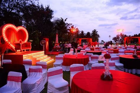Moulin Rouge Themed Wedding and Party Ideas with Dress
