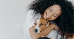 Scientist Says Dogs Hate Hugs. He's Wrong. Here's Why.