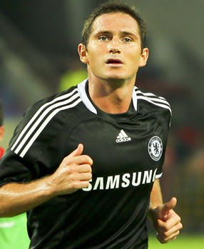 Frank Lampard, playing for Chelsea F.C. at the...