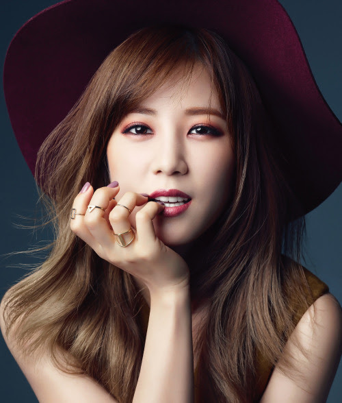[MAGAZINE] A Pink Chorong – Sure Magazine October Issue '15 2400x2821