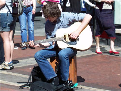 Grafton Street Busker, 2006