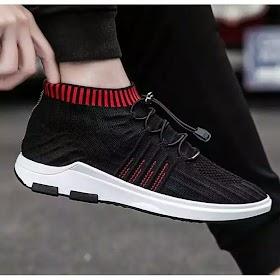 Sepatu Adidas Pria Warna Merah
