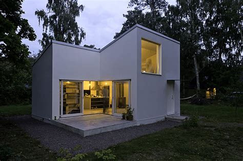 chic small modern house designs  floor plans  small