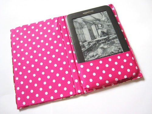 kindle cover v3 open