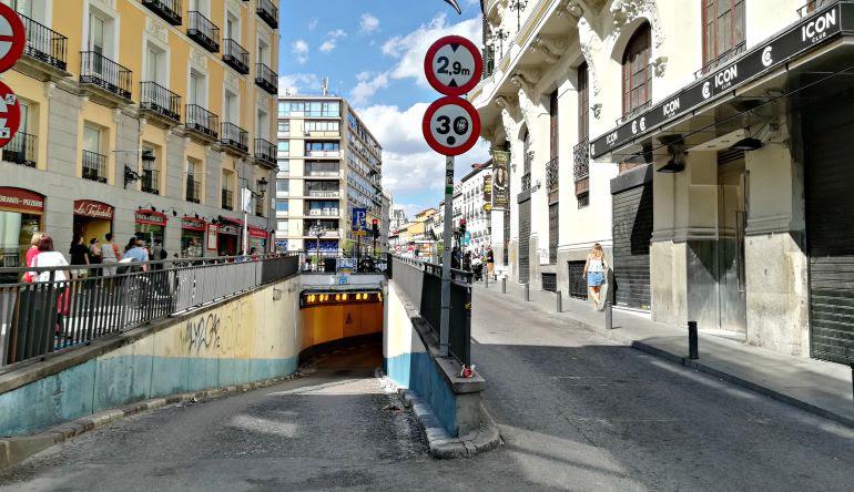 Calle de Madrid donde intentaron vender la droga a los policías de paisano