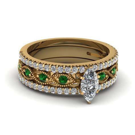 Marquise Cut Milgrain Diamond Bridal Sets With Emerald In