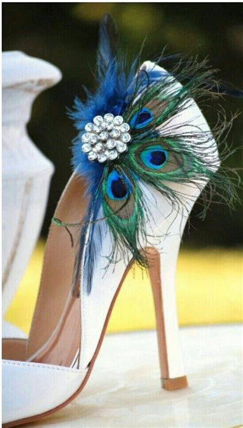 16 Peacock Theme Wedding Items ? DIY Weddings Magazine