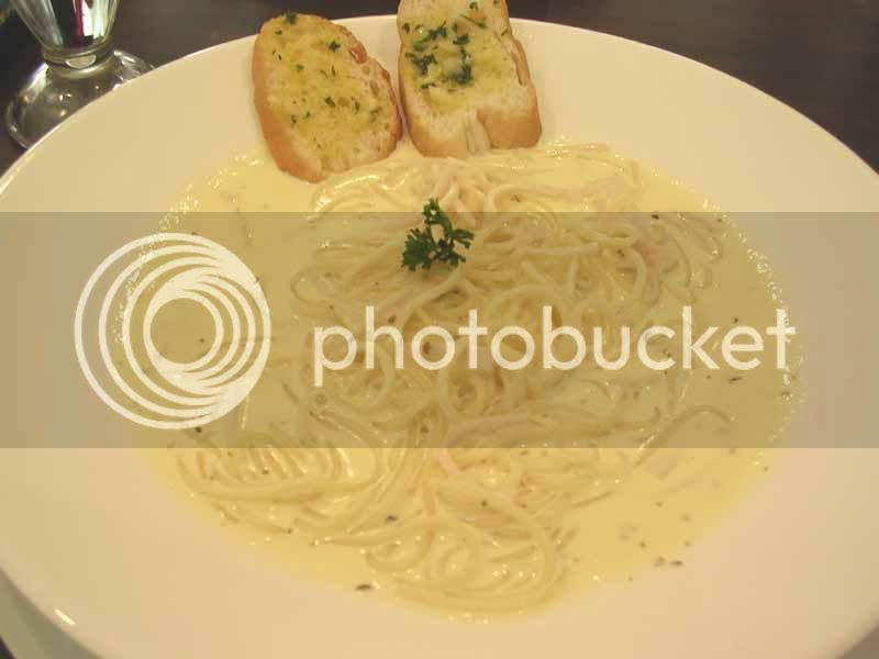 manila place spaghetti carbonara