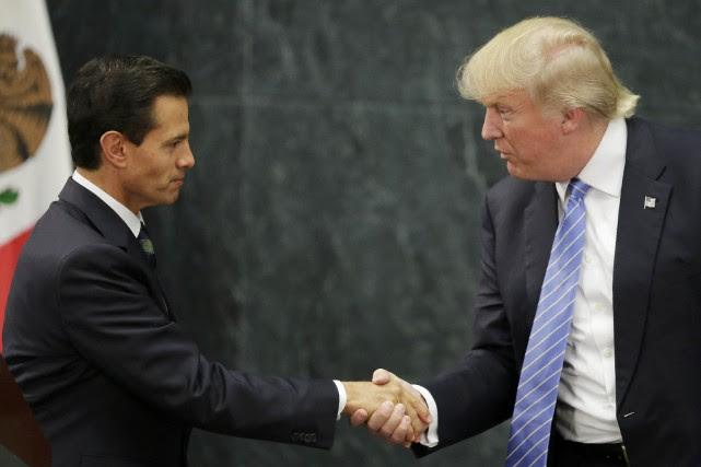 Enrique Pena Nieto etDonald Trump.... (Photo Henry Romero, archives REUTERS)