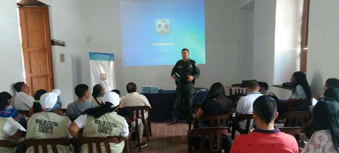 Líderes de las Mesas de Cultura Ciudadana se capacitan sobre el Código de Policía