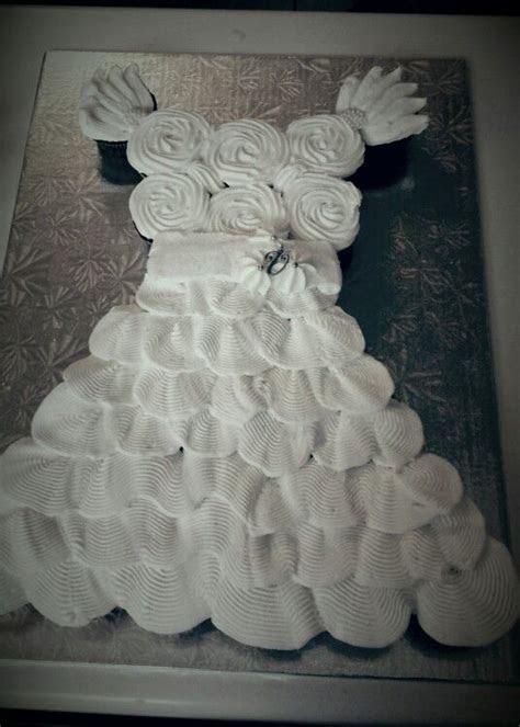 1000  ideas about Wedding Dress Cupcakes on Pinterest