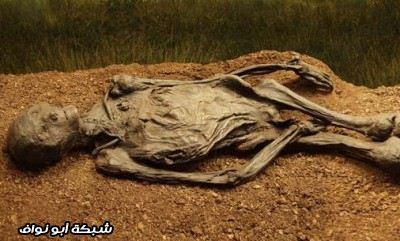 طقوس الدفن الأكثر غرابة في العالم