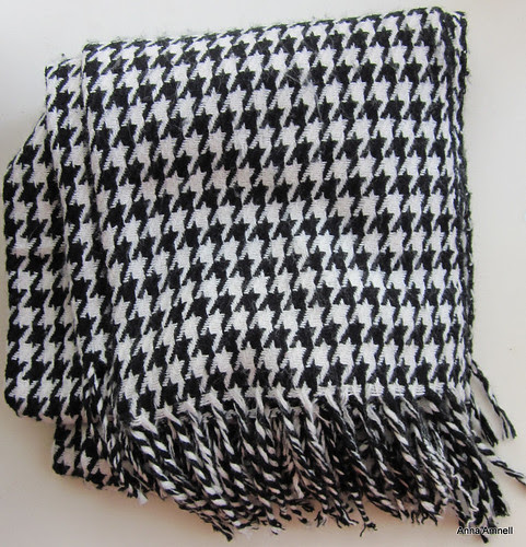 I love this scarf by Anna Amnell