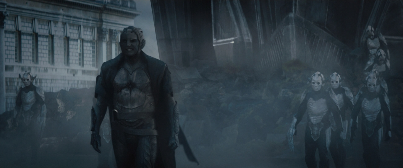 http://img4.wikia.nocookie.net/__cb20131121222109/marvelcinematicuniverse/images/2/27/Malekith_and_Dark_Elves.png