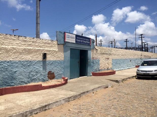 Casos foram identificados na Escola Municipal Vicente França, em São Gonçalo do Amarante (Foto: Fernanda Zauli/G1)