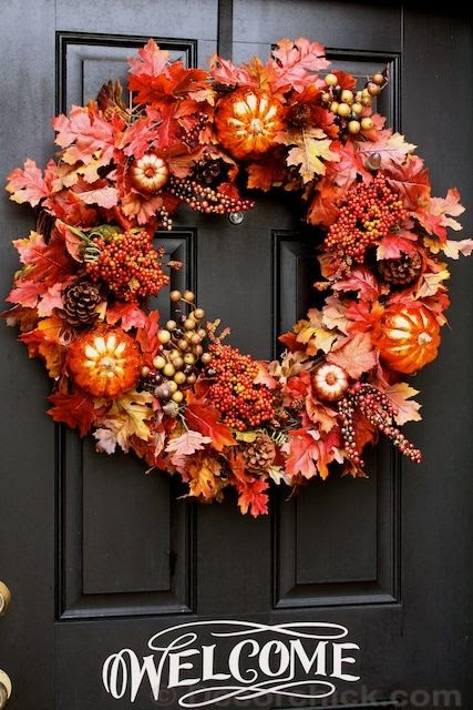 How to make an easy wreath for your front door from @Decorchick. #tutorial #fall #wreath - Click image to find more DIY & Crafts Pinterest pins