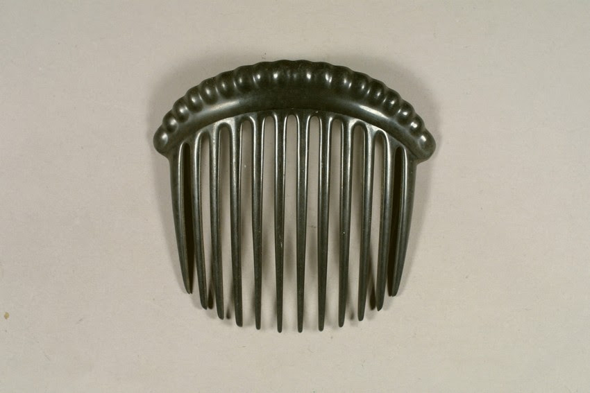 1851 Vulcanite hair comb, from Historic New England.