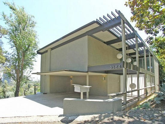 Eco Homes: Modern home built from recycled materials isn't dumb on ...