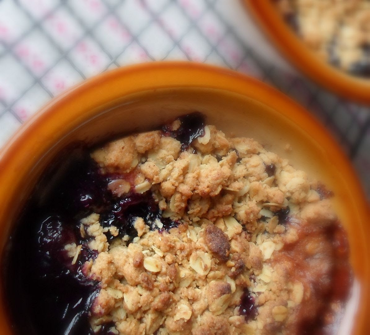 Quick Blueberry Crumble For Two