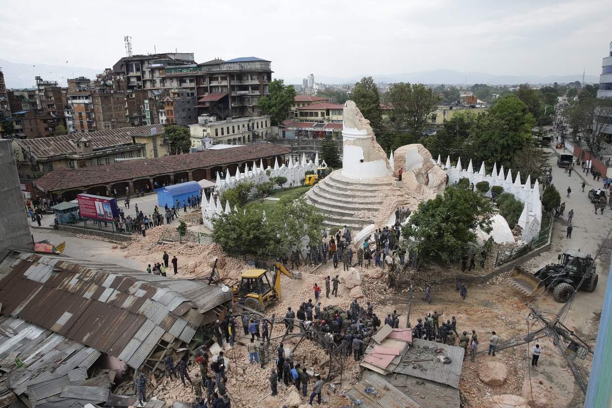 Avant: Tour Bhimsen Tour, Katmandou