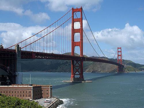 http://commons.wikimedia.org/wiki/File:GoldenGateBridge1.jpg