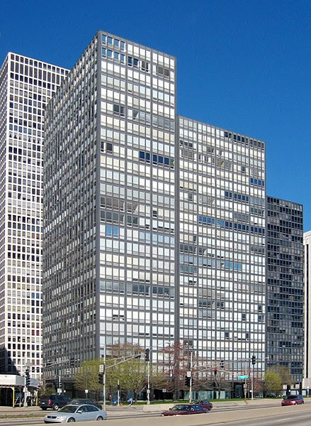 Archivo:860-880 Lake Shore Drive.jpg