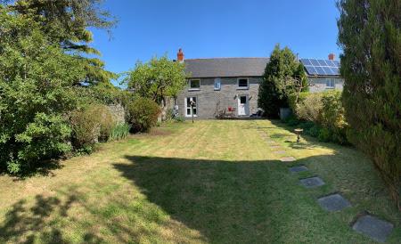 Garden at Stabal-y-Bryn, Cilgerran