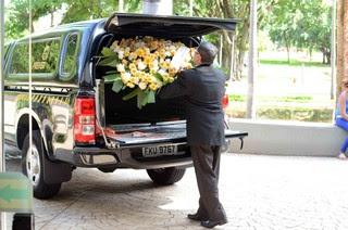 Enterro de Carlos Arósio (Foto: Marcos Midi /Agnews)