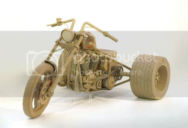 http://i1127.photobucket.com/albums/l624/jexgill/astonishing_cardboard_sculptures_64-6.jpg