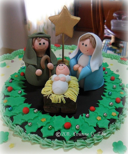 Christmas cake (close-up of Nativity) by pike.corinne, via Flickr