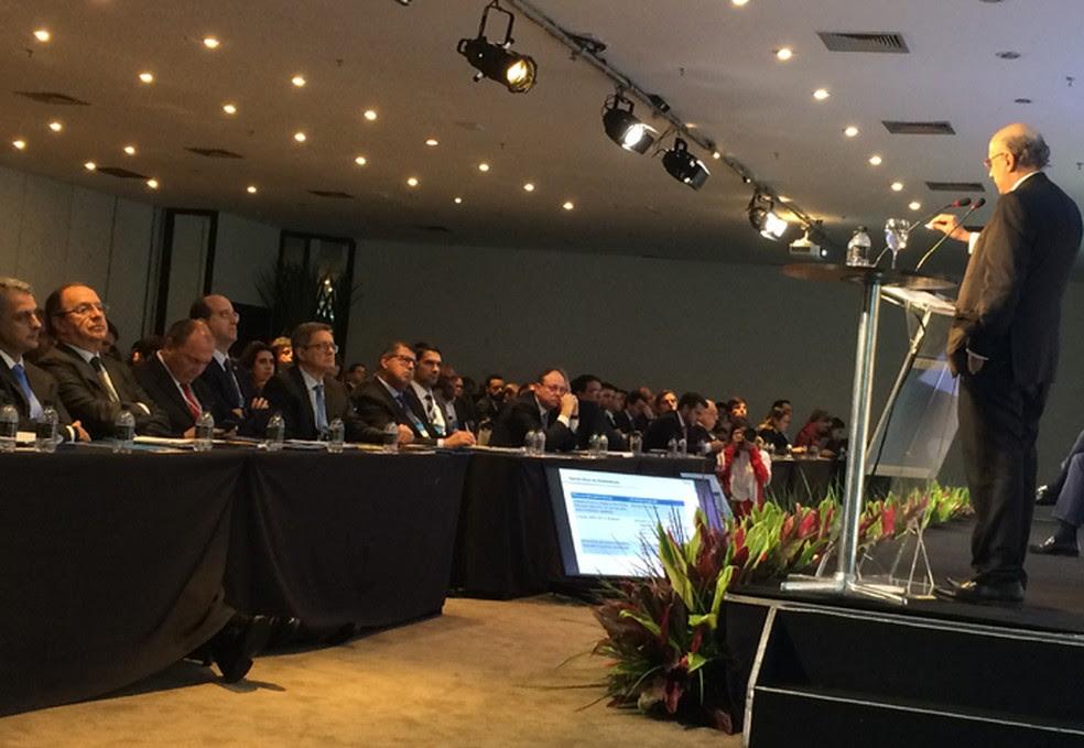 Meirelles participou em São Paulo de seminário sobre infraestrutura (Foto: Darlan Alvarenga/G1)