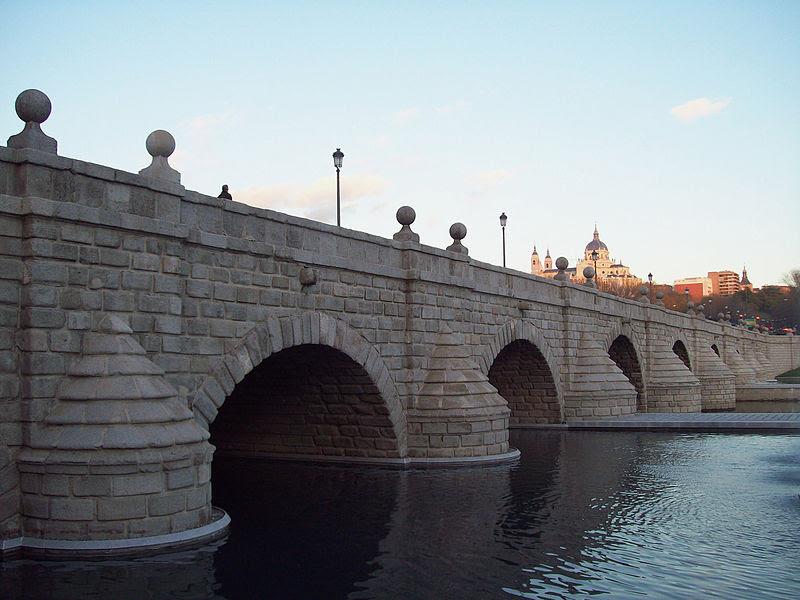 File:Puente de Segovia (Madrid) 01.jpg