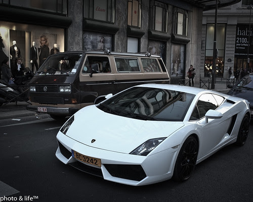 Volkswagen & Lamborghini by Jean-Fabien - photo & life™