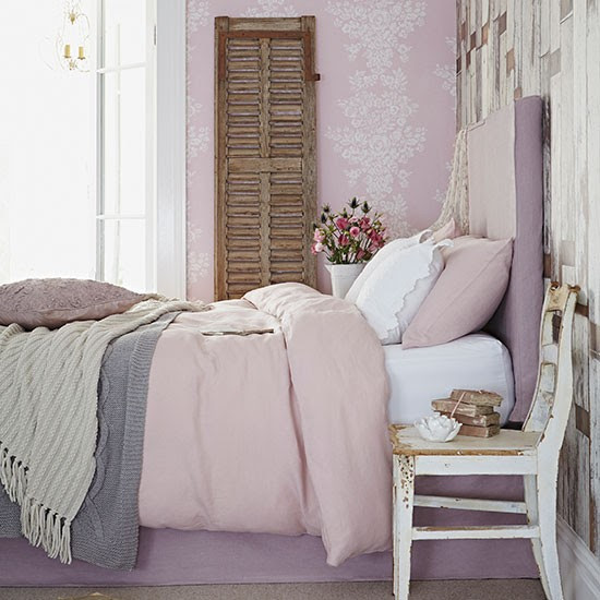 Dusky pink country bedroom | Bedroom decorating | Country Homes and Interiors | Housetohome.co.uk
