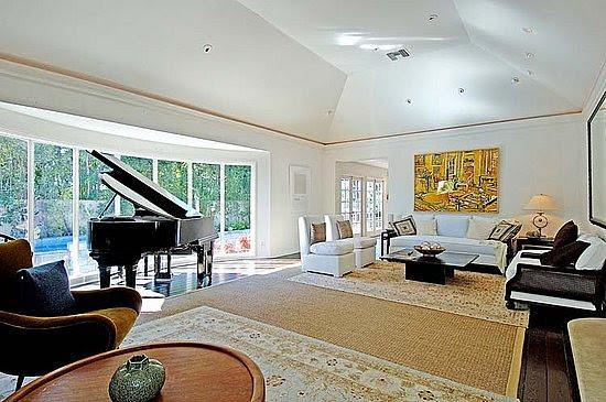 Inside Dido's old home in LA: beautiful light-filled villa on ...
