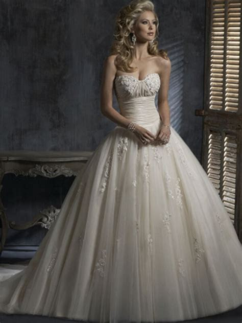 Vintage Tulle Sexy Custom Made Cheap Lace Wedding Dresses