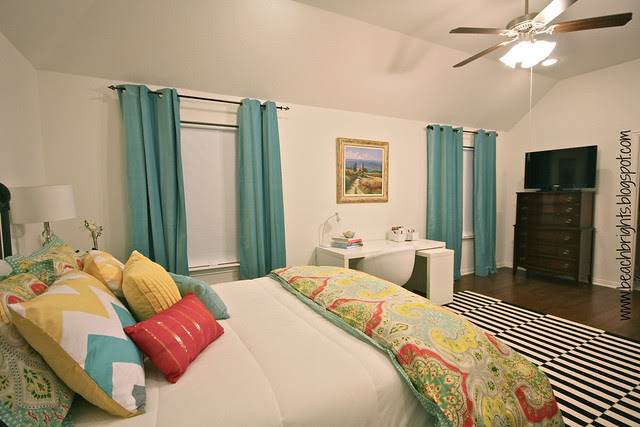 Beachbrights Guest Bedroom3