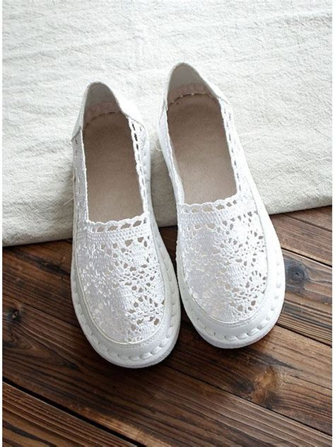 Round toe Lace Rubber sole Wedding shoes
