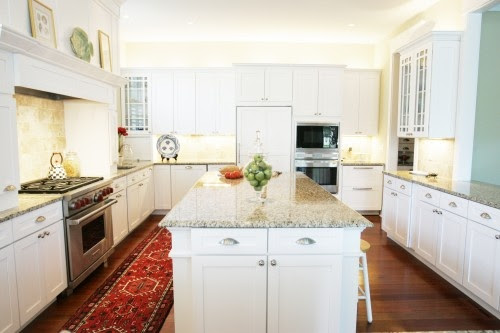Like Me Some...: ORIENTAL RUGS IN THE KITCHEN