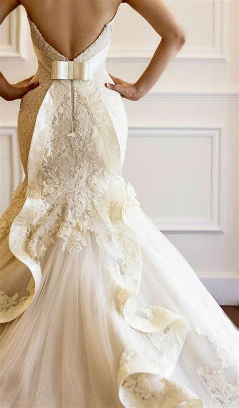 Best 25  Cathedral wedding dress ideas on Pinterest   Huge