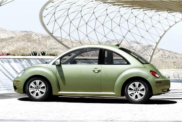 volkswagen beetle 2010. 2010 Volkswagen Beetle, side
